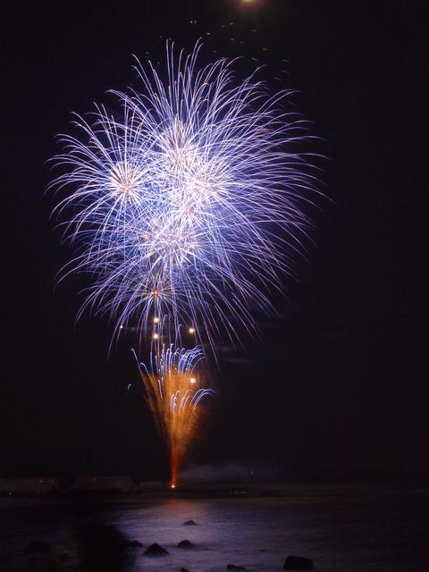 熱川温泉の花火大会!今年の予定はどうなっているのか?