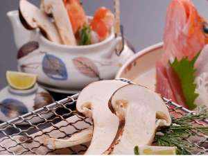 10月31日まで松茸プラン 初めてご提供します。