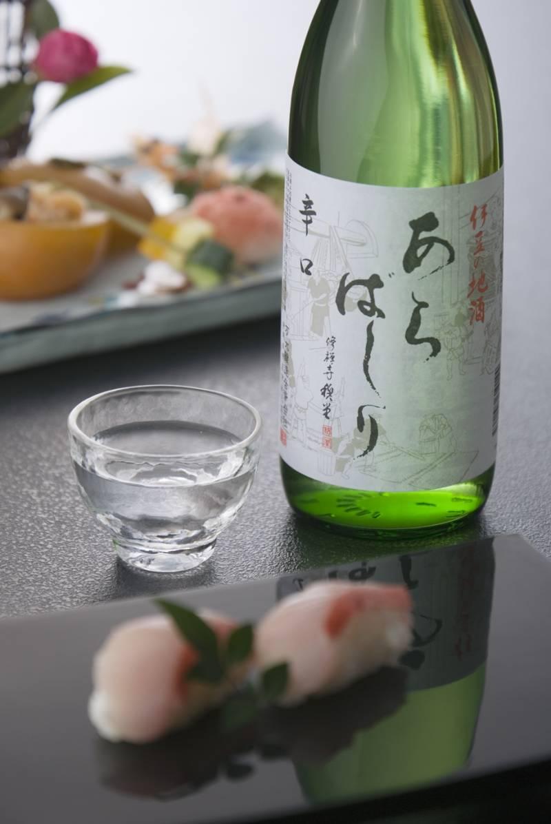 美味しい新鮮な日本酒入荷しました。伊豆万大醸造より